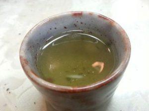2014-03-09宇治茶4月1日 平等院鳳凰堂 拝観再開 地元で美味しい宇治茶を頂きました。心が落ち着きます。今日は、宇治の観光地はひっそりしていますが、4月には平等院が改修して新しく公開されます。多くの観光客が京都南部にお越しになることを祈っています。