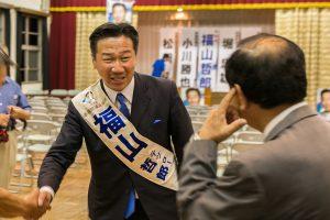 20160701-21:30演説会終了後の福山さん